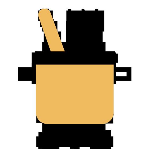 mezclando con una cuchara de madera