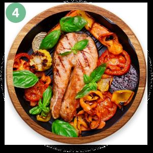 Pescado a la plancha con vegetales al horno o salteados.